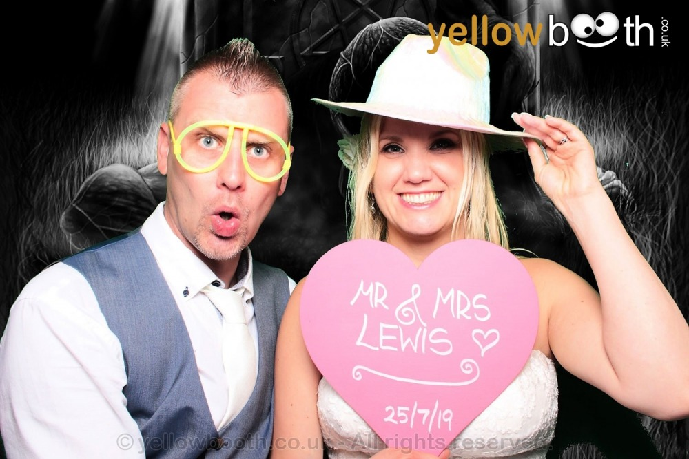 2019-07-25 Mr & Mrs Lewis, Carbis Bay
